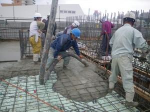 泊陽ビル新築工事棟上式03