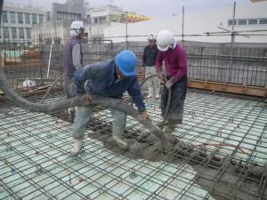 泊陽ビル新築工事棟上式04