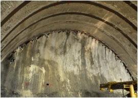 名護トンネル02