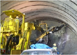 名護トンネル11