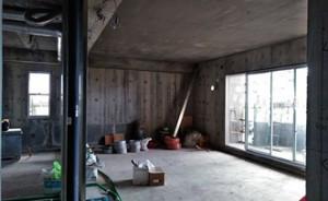 16 10階サッシ建付完了、床配管、入線状況