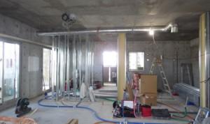 21 6階電気、設備配管状況