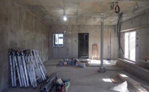 26 7階金属製建具建て付け完了